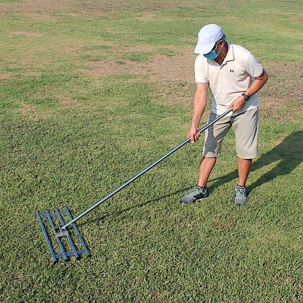 lawn leveller tool